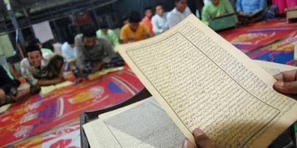 images 67 - Pengajian Kitab Kuning Online, Dari Pesantren Hijrah ke Daring