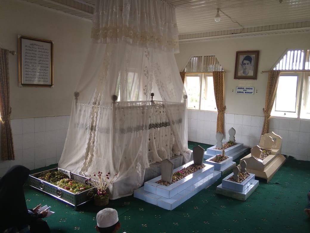 Makam H abdul Ghani.Foto-Banua.co