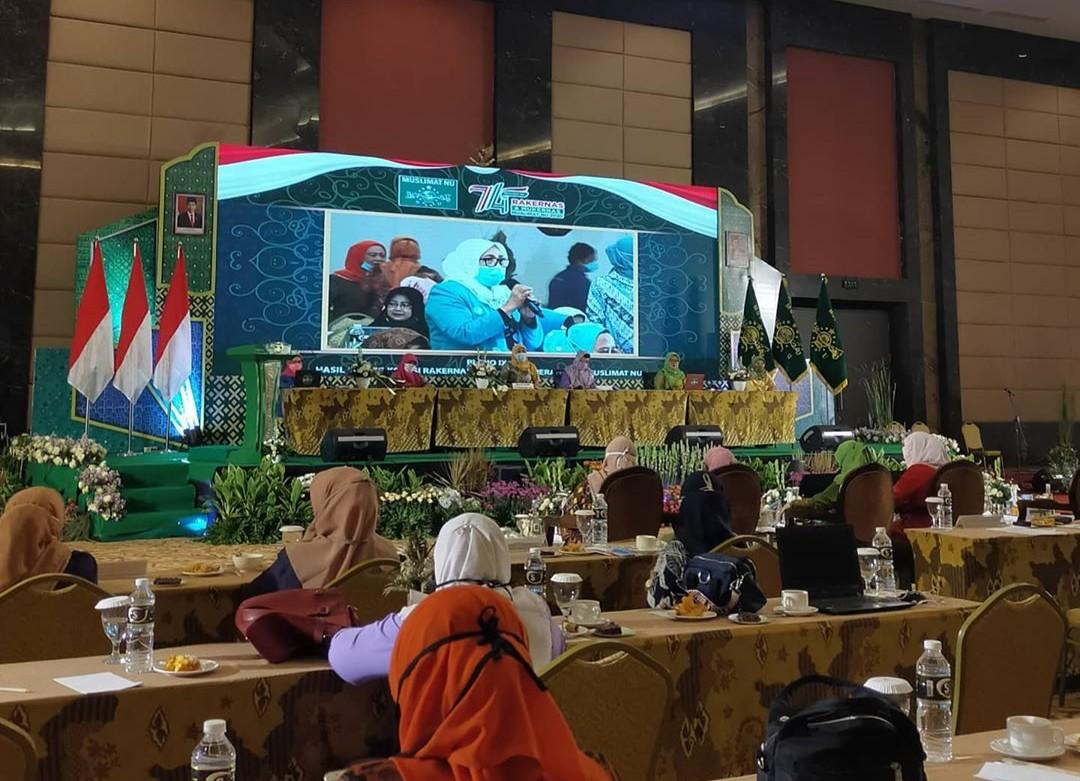 IMG 20201102 WA0011 1 - Bahas Fintek, Muslimat NU: Perlu Format Fikih Modern Berbasis Madzhab Hanafi