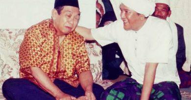 images 2020 12 10T111402.910 390x205 - Cerita KH Adnani Iskandar Menyaksikan Keramat Gus Dur