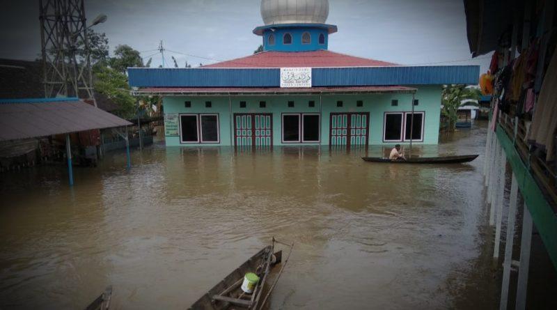 IMG 20210119 WA0076 1 800x445 - Menjamak Shalat Akibat Banjir, Bolehkah?
