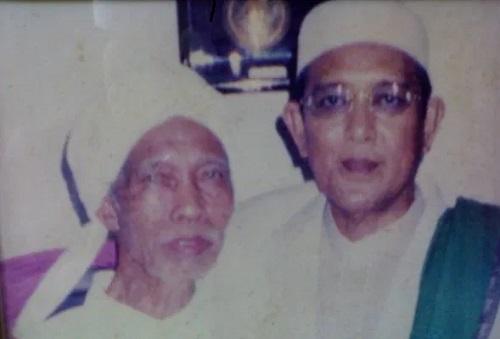 Tuan Guru Muhammad Dachlan alias Guru Cantung 2 - Belajar Pada Adab Tuan Guru Dachlan Cantung
