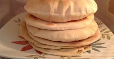 images 2021 04 13T213300.185 390x205 - Rabi'ah Al 'Adawiyah dan Misteri 18 Potong Roti.