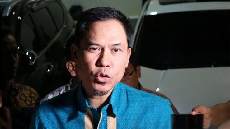 images 2021 04 27T201841.129 - Viral! Mantan Petinggi FPI Munarman Ditangkap Polisi