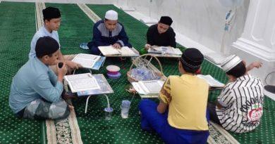 images 2021 05 01T023318.666 390x205 - Tadarus Al Qur'an Cagub Kalsel, Ini Tanggapan Warga Banua