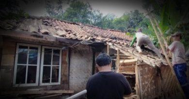 images 2021 06 15T051504.058 1 390x205 - Kaya Mambabak Rumah; Paribasa Urang Banjar