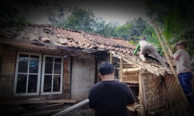 images 2021 06 15T051504.058 1 - Kaya Mambabak Rumah; Paribasa Urang Banjar